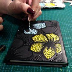 Store accessories for dot art painting от DotArtStore на Etsy Mandala Book, Mandala Art Lesson, Mandala Canvas, Watercolor Art Paintings, Dot Art Painting, Mandala Painting, Mosaic Art Projects, Mandala Painted Rocks, Painted Bags