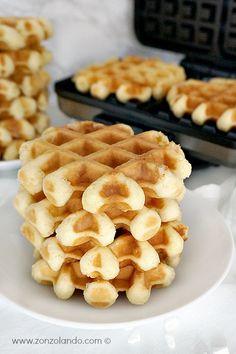 Gaufres de Liège (o liégeoises) - Belgian waffles | From Zonzolando.com