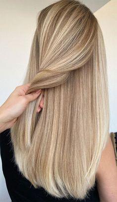 Summer Blonde Hair, Blonde Hair Shades, Light Blonde Hair, Dyed Blonde Hair, Honey Blonde Hair, Blonde Hair Looks, Light Hair, Light Colored Hair, Girls With Blonde Hair