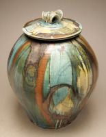 Josh DeWeese at the Mindy Solomon Gallery, St. Raku Pottery, Thrown Pottery, Pottery Art, Ceramic Boxes, Ceramic Clay, Pottery Designs, Pottery Ideas, Vases, Beginner Pottery
