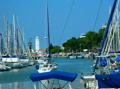 Porto Canale Di Rimini, Italy, Nikon Coolpix L310, 21.8mm, 1/800s, ISO80, f/3.1, -0.3ev,HDR photography, 201707131457