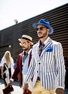 Еще 25 стритстайл-фотографий из Флоренции | GQ.ru