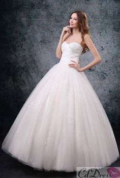 Cheap Tulle Sweetheart Strapless Neckline Rouched Bodice Ball Gown Style with Draped Fluffy Skirt 2012 Wedding Dress WG Bridal Gowns Cute Wedding Dress, 2015 Wedding Dresses, Princess Wedding Dresses, Bridal Dresses, Wedding Gowns, Bridesmaid Dresses, Lace Wedding, Wedding Bells, Garden Wedding