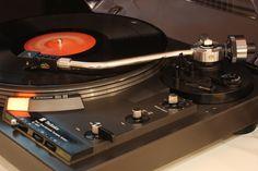 Technics SL-1900  Vintage Technics Stereo Set Vintage Audio Shop 3 Maja 19 Katowice Poland www.vintageaudio.pl Mobile: +48722117722 Mirek +48607611300 Lukas #VintageAudio #Audio #Vintage #turntable #phono #vinyl #records #music #hifi #hifiaudio #highend #highfidelity #highendaudio #stereo #stereophile