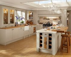 Burford Grey kitchen of choice - Howdens Joinery