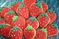 Cookies strawberry platter