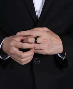 This heartbeat cardiogram black carbon fiber engagement wedding ring is highly polished titanium. The width is 6mm and 8mm, perfect to be couple wedding bands. Black carbon fiber inlay, polished beveled and heartbeat design lets you to feel your loved one's heartbeat no matter where you are. It could even be a good gift for Christmas, Birthday, Anniversary, Wedding, Engagement, or Valentine's day. Titanium Wedding Rings, Titanium Rings, Wedding Ring Bands, Heart Beat Ring, Wedding Engagement, Engagement Rings, Tungsten Rings, Elegant Man, Christmas Birthday