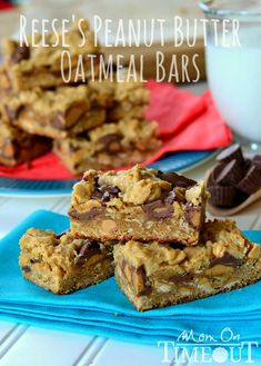 Reeses Peanut Butter Oatmeal Cookie Bars | MomOnTimeout.com