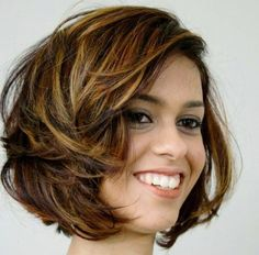 5-tousled-brown-bob-with-golden-blonde-highlights