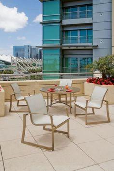 trex outdoor furniture txrrt236 vl monterey bay round 36 counter
