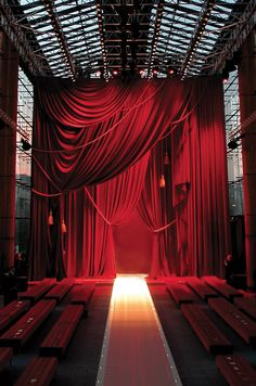LOUIS VUITTON | MAZARINE | Agence de communication luxe --- drapery and bare stages. Two of my favorite things.