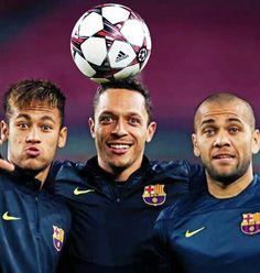 Adriano, Dani Alves and Neymar Jr FC Barcelona Fc Barcelona Neymar, Barcelona Team, Barcelona Football, Neymar Pic, Dani Alves, Good Soccer Players, World Cup 2014, Lionel Messi, Soccer Ball