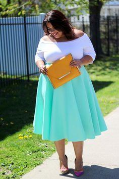 Stylish Plus-Size Fashion Ideas – Designer Fashion Tips Plus Size Tips, Look Plus Size, Plus Size Model, Plus Size Skirts, Plus Size Jeans, Plus Size Outfits, Plus Size Fashion For Women, Plus Size Womens Clothing, Clothes For Women
