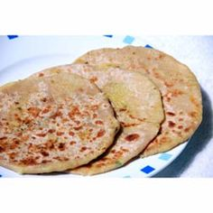 Buy ingredients for Gobi Paratha online from Spices of India - The UK's leading Indian Grocer. Free delivery on Gobi Paratha Ingredients (conditions apply). Indian Bread Recipes, Indian Flat Bread, Spiced Cauliflower, Sunday Brunch, A Table, Curry, Spices, Meals