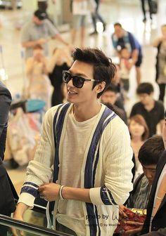 En el Aeropuerto ✈ Lee Min Ho