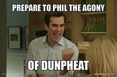 34 Funny Modern Family Memes & Quotes - Phil is my favorite! Modern Family Memes, Modern Family Tv Show, Family Love, Phil Dunphy, Subject And Verb, Tv Shows Funny, Tv Show Quotes, Dad Jokes, Funny Quotes