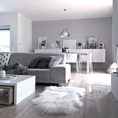 """Once you buy a sheepskin and you will never get enough. I have an amazing opportunity to offer you 15% off to your purchase on www.naturalsheepskinshop.com with my code """"KAJASTEF15"""". Let's visit @naturalsheepskin and enjoy that beuty⭐️wish you all beautiful Saturday ⭐️ . . #interiorstyling #interior4all #interiorstyled #interiordesign #designinterior #nr13b #finehjem #boligluss #ingerliselille_inspo #scandinavianhomes #scandinaviandesign #scandinavianstyle #inspoformilla #dream_interiors…"""