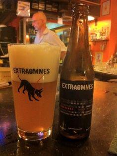 Cerveja Hond.erd, estilo Belgian Blond Ale, produzida por Extraomnes, Itália. 4.2% ABV de álcool.