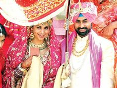 Gul Panag- Rishi Attari:  They had a traditional Punjabi wedding with a hint of Bollywood in it! The marriage ceremony took place in a Gurudwara in Panchkula, Harayana. The newlyweds rode in a motorcycle as is seen in Munnabhai MBBS.