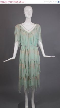 Hey, I found this really awesome Etsy listing at https://www.etsy.com/listing/201396107/sale-1970s-vintage-watery-blue-zandra