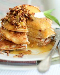 Peach Cobbler Coconut Pancakes ~ fresh peach sauce, almond crumble w/ oats & coconut, & garnished w/ Greek yogurt & fresh peach slices
