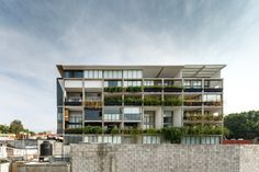 Built by Aflo Arquitectos in Cuernavaca, Mexico with date 2013. Images by Rafael Gamo. From the architects.The site is located in the north of the city of Cuernavaca, enjoying the best climate in the cit...