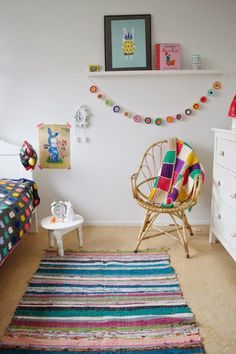 There it is!! What I want to do for Hadley's wall. One simple shelf and a chair under it.