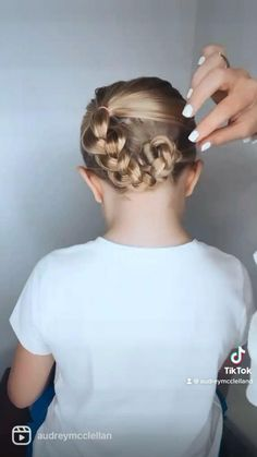 Easy And Beautiful Hairstyles, Easy Little Girl Hairstyles, Baby Girl Hairstyles, Bun Hairstyles, Cute Kids Hairstyles, Easy Toddler Hairstyles, Girl Hair Dos, Hair Videos, Simple Braids
