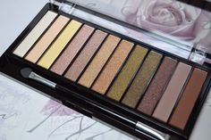 Makeup Revolution - Iconic Dreams* eyeshadow palette - Swatches and first impressions
