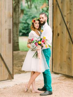 Not only is this couple completely cute I also appreciate her flower crown and the ribbons on the bouquet