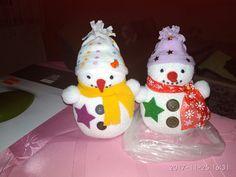 Sněhuláci z ponožek