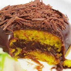 Bolo de cenoura com cobertura de Nutella: Fácil de fazer e fica uma delícia!