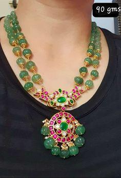 Antique Jewellery Designs, Gold Earrings Designs, Gold Jewellery Design, Jad, Gold Jewelry Simple, Beaded Jewelry, Fashion Jewelry, Choker, Emerald