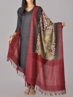 Kalamkari Ikat Cotton Dupatta Salwar Designs, Kurta Designs Women, Kurti Designs Party Wear, Blouse Designs, Pakistani Dresses, Indian Dresses, Indian Outfits, Indian Attire, Indian Wear