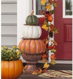 Plow & Hearth Pumpkin Stack Topiary Oversized Figurine