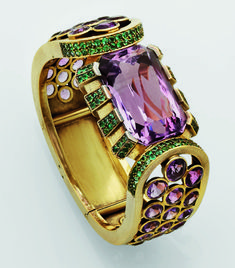 """les-lunettes-du-lion: """" cgmfindings: """" Gold bracelet with amethysts and emeralds by René Boivin, late 1930s """" """""""