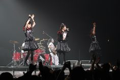 2016.12.15 - BABYMETAL at Manchester Arena, Manchester, England Day 2 by Tipo120 - Album on Imgur
