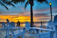 Charlotte Harbor sunset in Punta Gorda, Florida. www.stevehuskisson.com