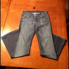 Women's 7 for all mankind flare jeans. 7 for all mankind women's flare jeans.  Size 26 with a 29.5 inch inseam.  Jeans have been worn 1-2 times but are in excellent condition. 7 for all Mankind Pants Boot Cut & Flare