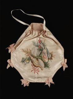 Painted silk reticule, c. 1800, Museum of Fine Arts Boston