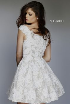 Sherri Hill dresses are designer gowns for television and film stars. Find out why her prom dresses and couture dresses are the choice of young Hollywood. Sherri Hill Prom Dresses, Homecoming Dresses, Bridesmaid Dresses, Fall Dresses, Pretty Dresses, Short Dresses, Designer Prom Dresses, Designer Gowns, Prom Dress Couture