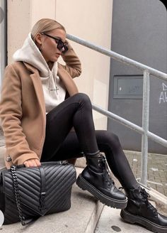Mode Outfits, Chic Outfits, Trendy Outfits, Casual Winter Outfits, Winter Fashion Outfits, Autumn Outfits Women, Hot Fall Outfits, Flannel Outfits, Cold Weather Outfits