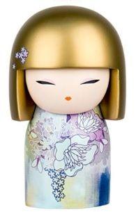 Figurine de collection 10 cm SACHIE SACHIE incarne le charme