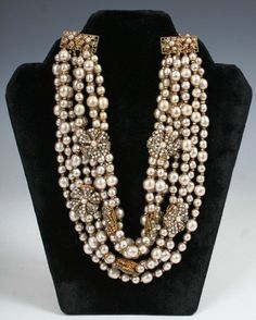 Beautiful Vintage Costume Jewelry Necklace by Miriam Haskel.