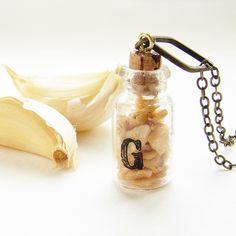 Garlic Necklace @Silvia Corbucci