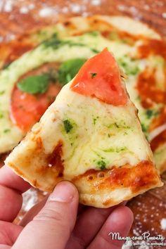 Pizza de Frigideira com Massa Caseira, para ver a receita, clique na imagem para ir ao Manga com Pimenta.