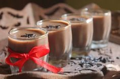This is a delicious cocoa pudding, it is pretty easy to make and taste delicious. It uses just cocoa powder and is super easy. Agar Agar Pudding Recipe, Chocolate Pudding Recipes, Coconut Pudding, Lemon Punch Recipe, Punch Recipes, Apple Cake Recipes, Coffee Recipes, Orange Syrup Cake, Recipes