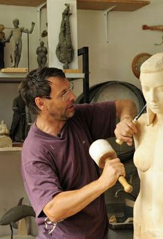 Willy Verginer - Italian Sculptor - Contemporary Artist - Figurative & Surrealism