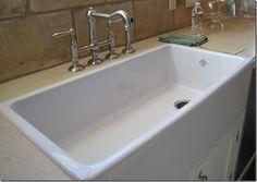 A Shaws sink.