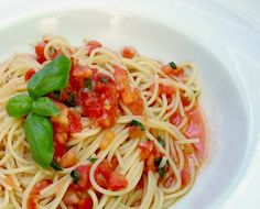 Spaghetti with Fresh Tomatoes & Basil